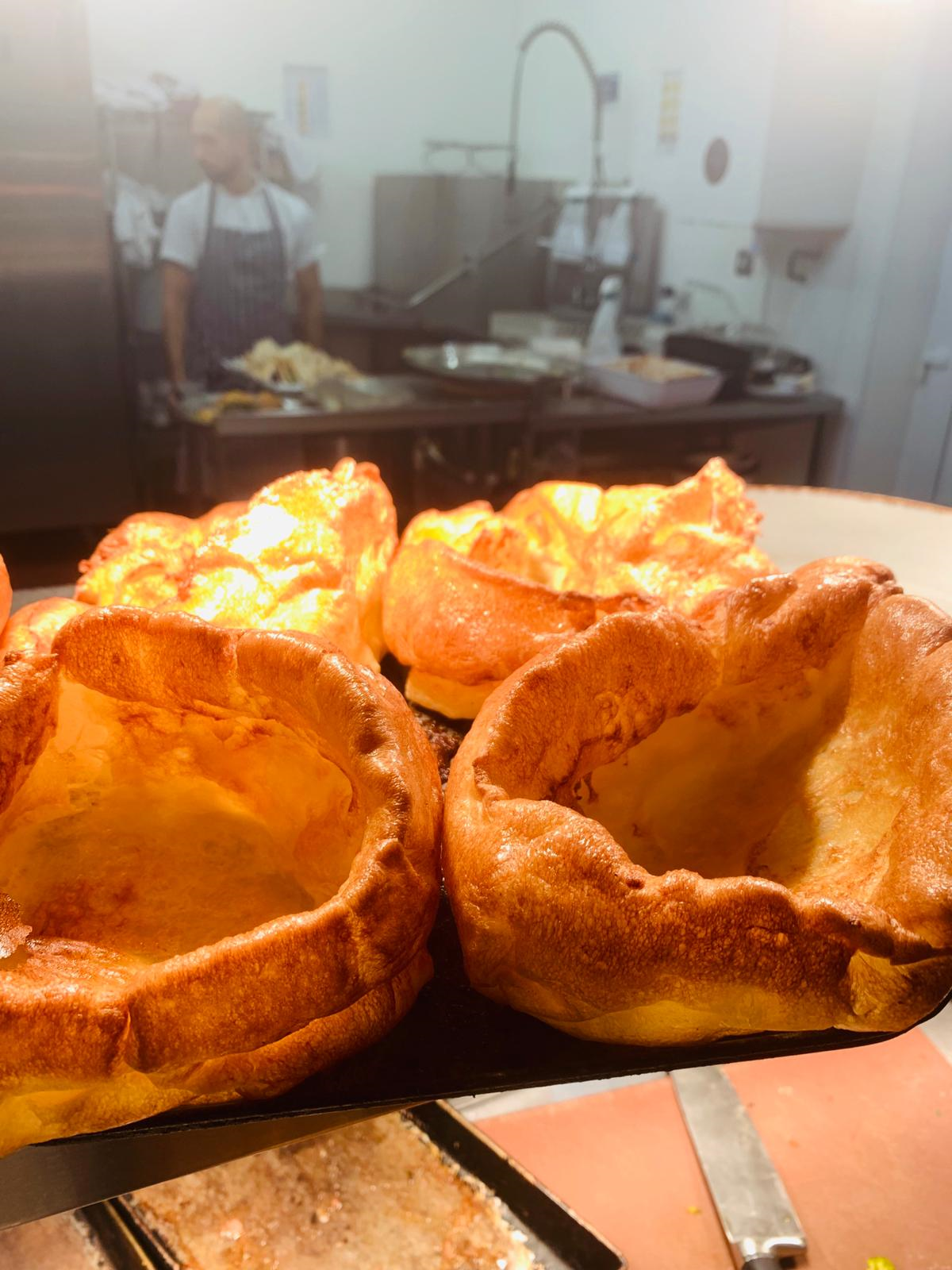 Sunday roasts At the avenue