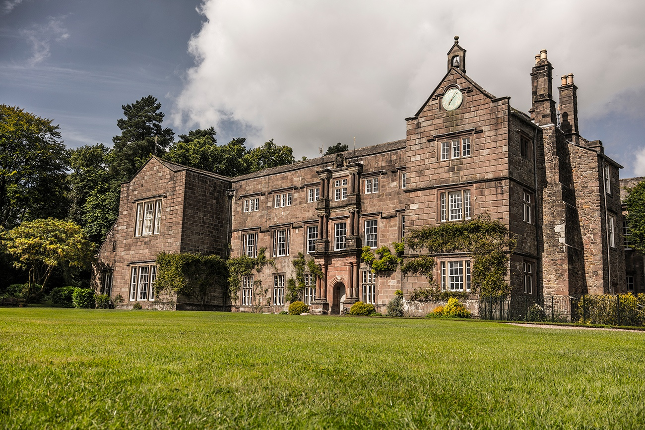 Need a Hotel near Browsholme Hall the great wedding location?